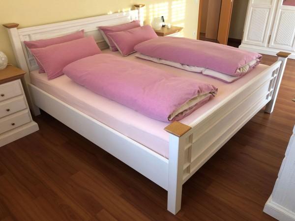 Bett Massivholz Doppelbett Ehebett Duett 180x200 cm Sonderfarbe lipizano/honig Pinie massiv